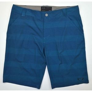 Oakley Mens Scotts Casual Shorts 12 Moroccan Blue